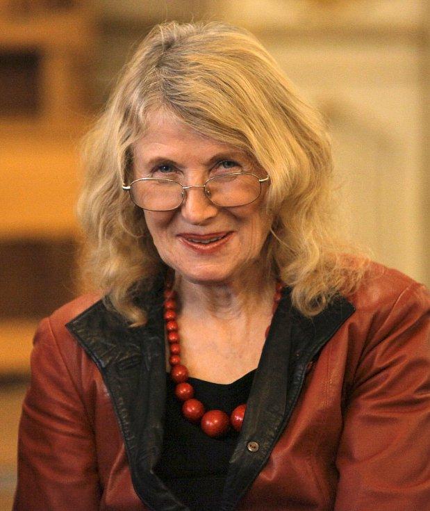 Dana Steinova